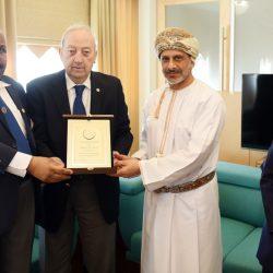 الاتحاد العربي لرواد الكشافة يبحث أوجه التعاون مع كشافة سلطنة عمان
