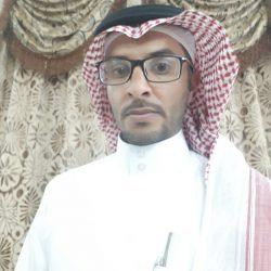 """الشيخ حمدان بن زايد يكرم محافظ """"التحلية"""" بجائزة الشيخ خليفة للإمتياز"""