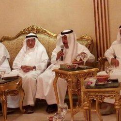 وكيل وزارة الحج والعمرة لشئون الزيارة يناقش خطة مؤسسة الأدلاء