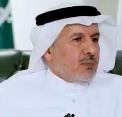 النحات محمد الثقفي ينثر إبداعه في ملتقى المدينة المنورة للنحت