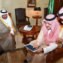 عشرات الصائمين في مشروع إفطار صائم .. بجامع المساعد بجدة