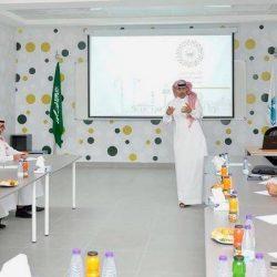 الأمين العام لجمعية مراكز الأحياء يقوم بزيارة تفقدية لمركز حي السامر بجده