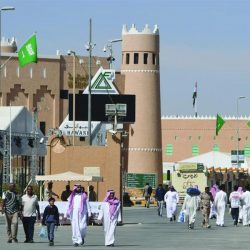 """""""الخطوط السعودية"""" تدشن الاتصالات الهاتفية والإنترنت والبث التلفزيوني على متن طائراتها"""
