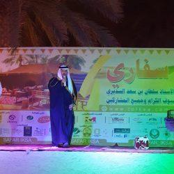 """مدير جامعة """"المؤسس"""" يتوج الفائزين في بطولة الاتحاد الرياضي للجامعات السعودية"""