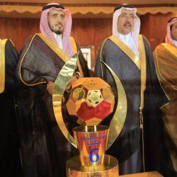 """""""الملك سلمان"""" يرسم البسمة على وجوه الأطفال اليمنيين المجندين"""