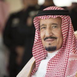 """متطوعو """"كتاب الرياض"""" مفخرة .. أصغرهم 10 سنوات .. وأكبرهم في الستينيات"""