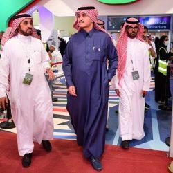 محامون في معرض الرياض للكتاب : مستعدون لخدمة السجناء بدون مقابل