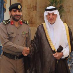 مستشار خادم الحرمين الشريفين أمير منطقة مكة المكرمة يقلد عدد من الضباط رتبهم الجديدة