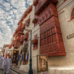 عروض راقصين المباني في موسم جدة التاريخية