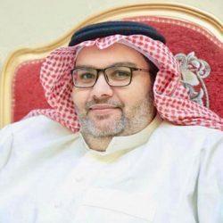 فارسات سعوديات يجذبن زوار سوق عكاظ