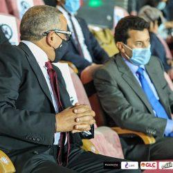 حقيبة للأدوات الوقائية من فيروس كورونا المستجد..  على مقاعد شركة مصر للطيران