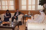 الوابل يلتقي نائب السفير الأسترالي والمستشارة الإقتصادية والسياسية بالسفارة الكندية
