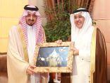 الأمير فيصل : نقدر للاتصالات السعودية اهتمامها بعسير ودورها في التوطين
