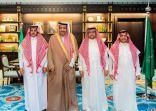 أمير الباحة يقدم تعازيه لمدير كهرباء الباحة وإخوانه
