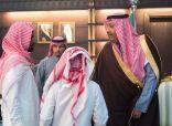 أمير الباحة يستقبل ويعزي ذوي الشهيد ابراهيم الزهراني