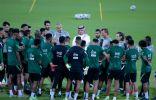 الأخضر يواصل تحضيراته لمواجهة عمان في تصفيات كأس العالم.. ويغادر اليوم إلى مسقط