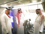 """آل خليفة .. يشيد بتخصيص مكان للصلاة على طائرات """"السعودية"""""""