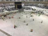 صحن المطاف بالمسجد الحرام أثناء تهيئة بئر زمزم وكيفية الدخول والخروج للمعتمرين