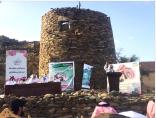 أدبي الباحة يقيم ندوة لافتة عن بخروش بن علاس أمام قلعته شمالي المنطقة