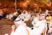 """فنون الباحة : أجواء قرية """"ذي عين"""" تتماهى مع سهرة غنائية ممتعة"""