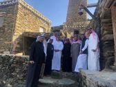 معرفّ الأطاولة .. يثمن لمعالي د . الفهيد زيارة للقرية الأثرية
