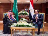 خادم الحرمين والرئيس المصري يعقدان اجتماعًا ثنائيًّا وجلسة مباحثات رسمية