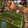 مواطن يحوِّل مجلس منزله لملعب كرة قدم ليعش جو المونديال