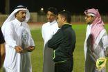 الموسى يحفز لاعبي الدانة ويتكفل بتذاكر وحافلات مجانية لجماهير الخليج