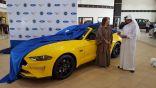 سحر نصيف لـ (إشراق لايف) : أنا أول سعودية تقود سيارة بجدة .. سقف مكشوف من فورد