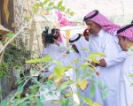 الأمير حسام .. يزور مزرعة الزيتونة بالباحة .. ويؤكد دعمه للمزارعين