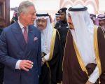 خادم الحرمين يستقبل ولي عهد بريطانيا الأمير تشارلز
