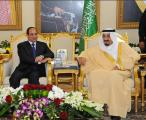 جلسة مباحثات رسمية تجمع خادم الحرمين والسيسي قبل مغادرته الرياض