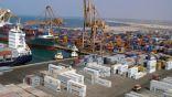 """بعد توالي هزائمه.. """"الحوثي"""" يعرض تسليم ميناء الحديدة"""