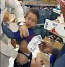 أثار ردود فعل واسعة.. فيديو لطفل يبكي أثناء تفتيش عمالة له داخل بقالة وإخراج نقود من بنطاله