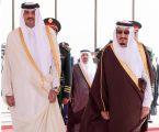 خادم الحرمين الشريفين يعقد جلسة مباحثات مع أمير دولة قطر