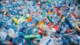 تحويل النفايات البلاستيكية إلى طاقة لتشغيل السيارات وتدفئة المنازل