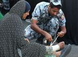 صور ترصد الجانب الإنساني في عمل رجال الأمن بالحرم المكي أول أيام رمضان