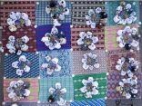 صورة مبهرة لعمانيين يفطرون على الأرض تثير إعجاب المغردين