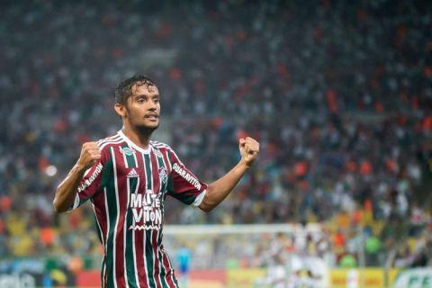 النصر يقدم عرضًا لضم اسكاربا البرازيلي