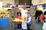 جمعية الأطفال من ذوي الاحتياجات بالباحه  يزورون معرض الدفاع المدني