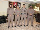 مدير شرطة منطقة الباحة اللواء مسفرالخثعمي يقلد ضابطين رتبهم الجديدة