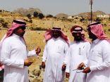بحضور رئيس مركز حداد ورئيس البلدية صيادة بن مالك تدشن مشاريع بتكلفة (١٠) ملايين ريال