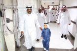 القبيسي يستقبل اصغر مشارك في مسابقة القرآن العالمية