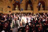 كلية ابن سيناء تحتفل بتخريج الطلاب والطالبات