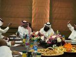 رئيس بلدية الظهران والمجلس البلدي لحاضرة الدمام يناقشان الخدمات البلدية بالظهران وملاحظات المستفيدين