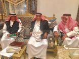 الشيخ عبد العزيز بن مشيط يحتفي بالأديب محمد الحميد