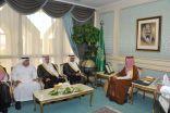 الأمير أحمد بن فهد يستقبل مدير عام الشؤون الصحية بالمنطقة الشرقية
