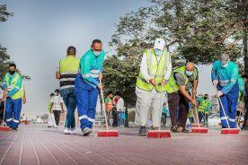 أمانة جدة تطلق مبادرة كن_مكاني 2 لتنظيف ممشى الفيحاء بمشاركة منسوبي الأمانة
