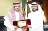 مسرح بلا انتاج الدولي يكرم المسرحي السعودي العسيري