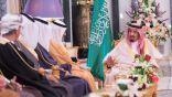 خادم الحرمين يلتقي وزراء صحة الخليج